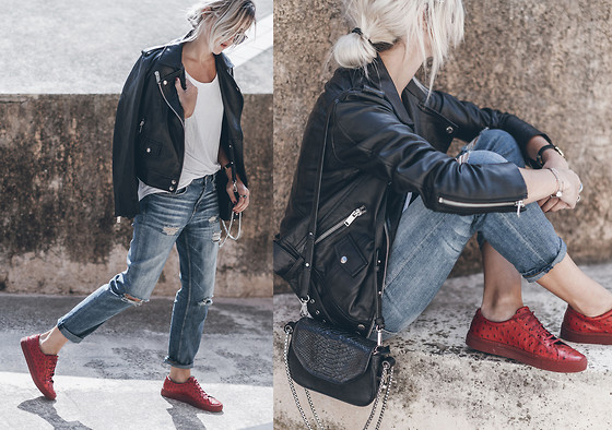 Mikuta - Axel Arigato Shoes, Dylan Kain Bag, Edited Jacket, Zara Jeans - CASUAL WITH A HINT OF RED