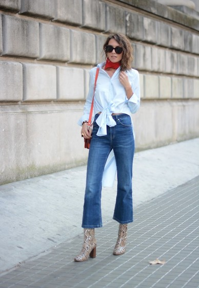 Isabella Pozzi - H&M Cropped Denim, Zara Long Shirt, Mango Snake Printed Boots - Putting a bow on it