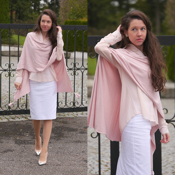 Claire H - Comma Pink Poncho, Soft Pink Blouse (Old), Zara White Skirt - Cosy pink