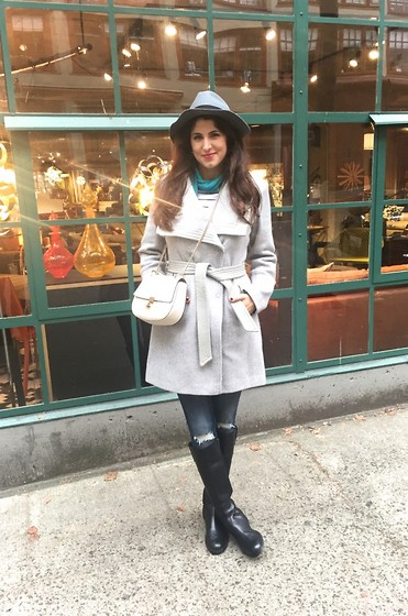 Laura Yazdi -  - Hello Seattle
