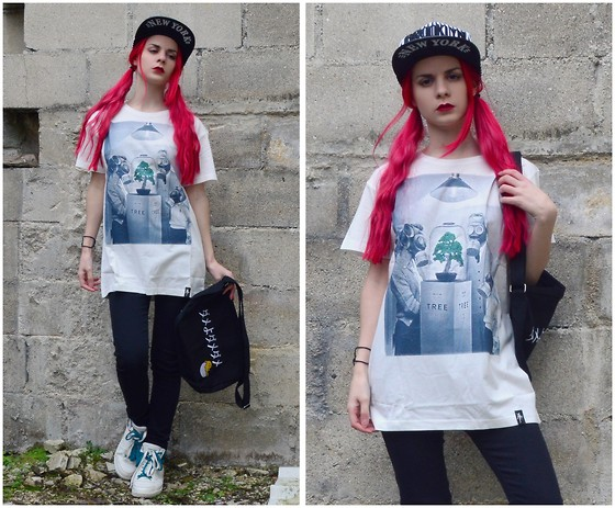 Marion Lemos - Kimikorea Cap, Dirty Velvet T Shirt, Wholesale7 Bag, Kimikorea Skinny - Tree Museum