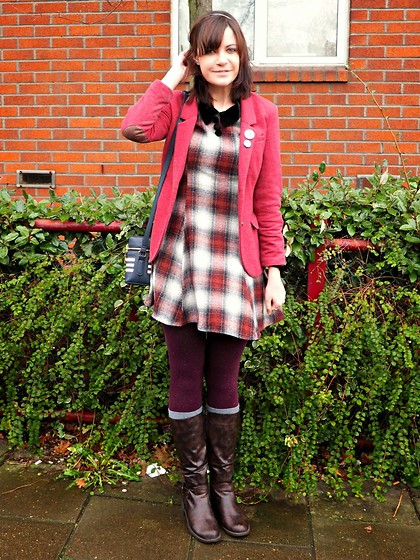 Charley Ellis - Dauphines Of New York Front Row Darling Headband, Beyond Retro Vintage Checked Wool Dress, H&M Burgundy Blazer - Front Row Darling