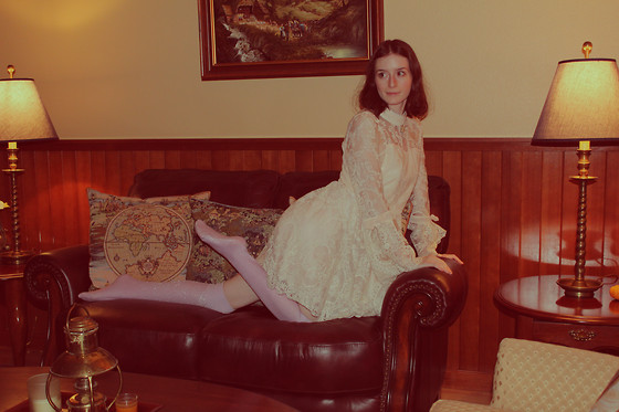 Brittany Justus - American Apparel Sparkle Over The Knee Socks, White Lace Alice Kei Dress - Classic Ambiance