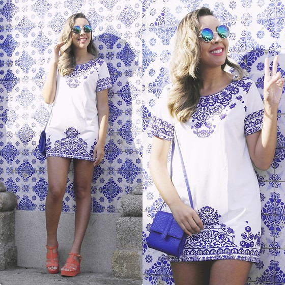Cá Cavalcant - Banggood Mini Dress, Banggood Sunglasses - It's all about blue!
