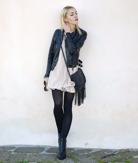 ASIA (IN &OUT BLOG) - Sheinside Dress, Bershka Boots - Rock it..