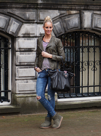 Chris - Ugg Boots, Only Bikerjacket, Pologarage Striped Top, Fab Bag, H&M Skinny Jeans - My winter colors