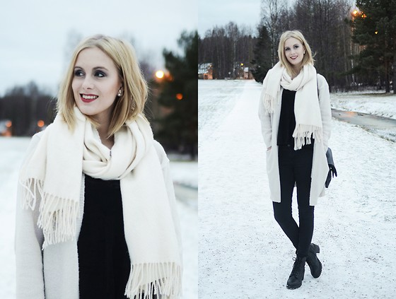 Anna K - Cubus Scarf, Gina Tricot Cardigan, Skopunkten Shoes - White as snow