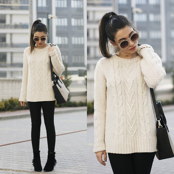Melike Gül - H&M Sweater, Zerouv Sunnies - Let it Beige