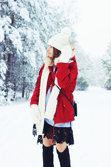 Marta S. - Sheinside Red Parka, Sheinside Grey Dress With (Diy) Lace, Stili Black Boots - Winter ❄