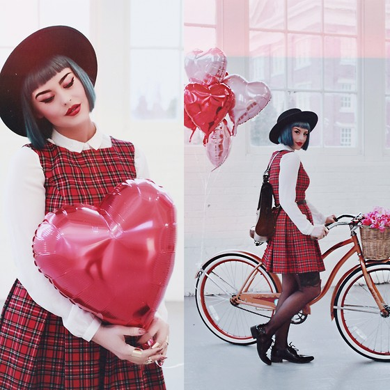 Kayla McC - Act Three Apparel Plaid Jumper, Kelsi Dagger Brooklyn Leather Messenger Backpack - Heart strings