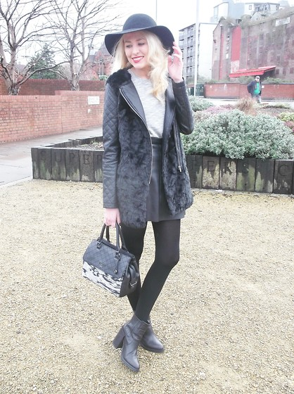 Elise - Fiorelli Mia Grab Bag, Primark Black Faux Fur Coat, H&M Black Wool Hat, Boots - A Touch of Grey