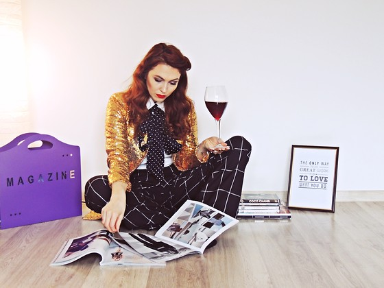 Daniela Macsim - Object Trousers, Romwe Sequin Boyfriend Suit Coat, C&A Scarf - Weekend Activities