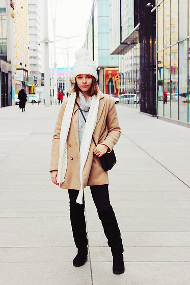 Marta S. - Sheinside Camel Coat, Sheinside Grey Sweater, Stili Black Boots, Bonprix Black Bag, Black Denims - CAMEL COAT II