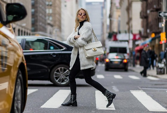 Caro Daur - Topshop Fake Fur -  NEW YORK FASHION WEEK OUTFIT II