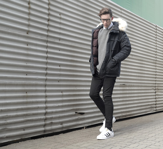 adidas superstar black jeans