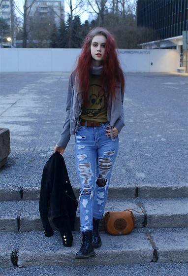 Veera Johanna - Second Hand Scarf, Abercrombie & Fitch Hoodie, Cheap Monday T Shirt, Cubus Belt, H&M Jeans, Vero Moda Leather Jacket, Second Hand Leather Bag, Dr. Martens Boots - RIPPED