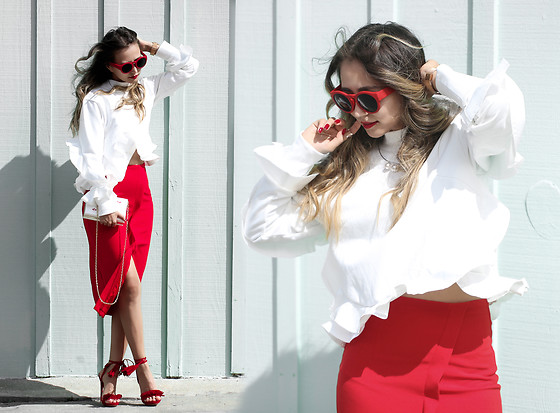 Queen Horsfall - Wannabk Ruffle Top, Eva Mendes, Nasty Gal, Queenhorsfall - Red & White Combo