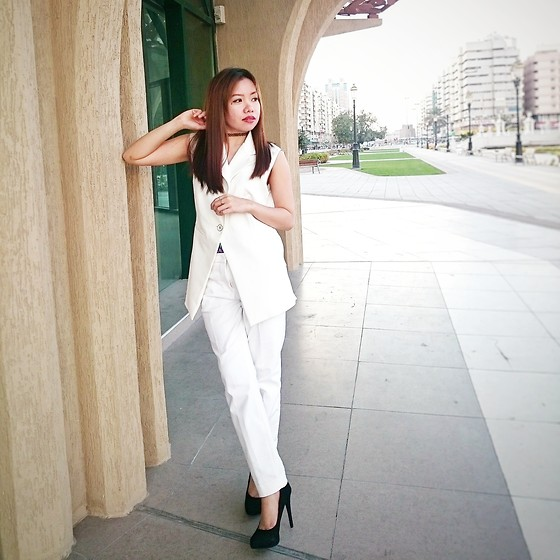 Krissy Pronto - Iconic Vest, H&M Trousers - Clean Slate
