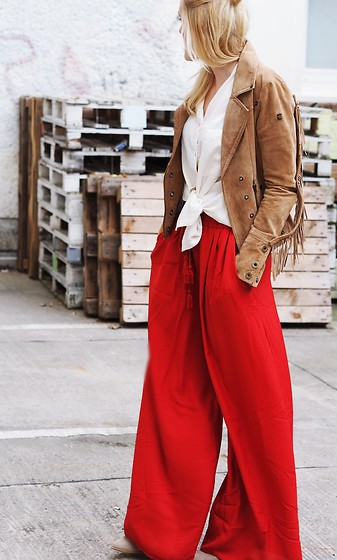 Laenoky - Dreimaster Jacket, Zara Wide Leg Pants - ABOUT THE RED