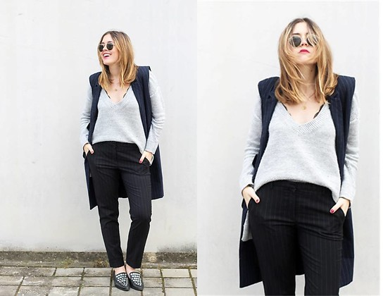 Amy Ramírez - Pull & Bear Vest, Mango Pants - Wear your vest