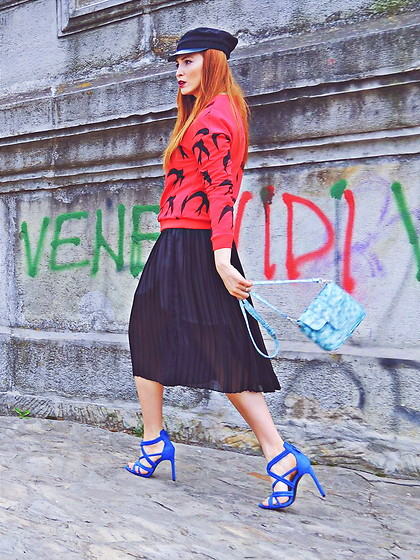 Daniela Macsim - Sheinside Blouse, Zara Sandals - Red&Blue