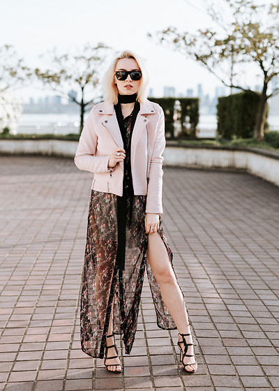Jessica Luxe - Blush Jacket, Floral Dress, Caged Heels - The Hottest Tone of the Season