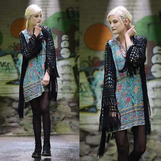 Faye S. - Spell Designs Playdress, Missguided Kimono, Dr. Martens Boots - I've got a song in my heart