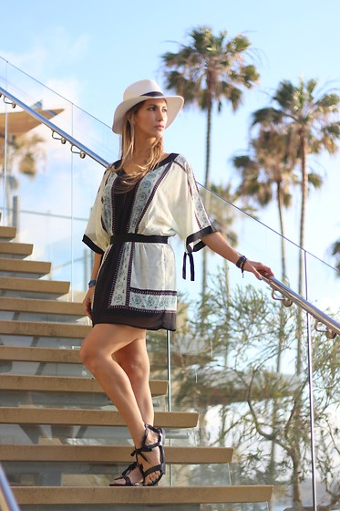 Vanessa Berlin - Sheinside Dress, Missguided Fedora - Summer Ready