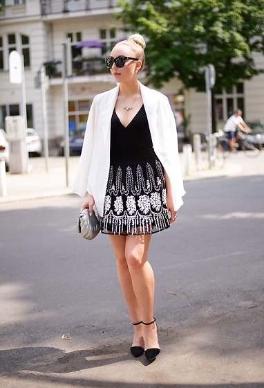 Vanessa Kandzia - H&M Bodysuit, Zara Shoes, Zara Skirt - HOW TO WEAR A SKIRT AS A DRESS