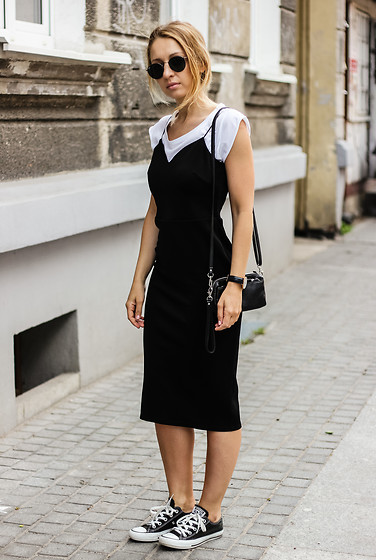 Emilia Błaszczyk - Asos Dress, Ray Ban Sunglasses, Converse Sneakers - Asos Dress