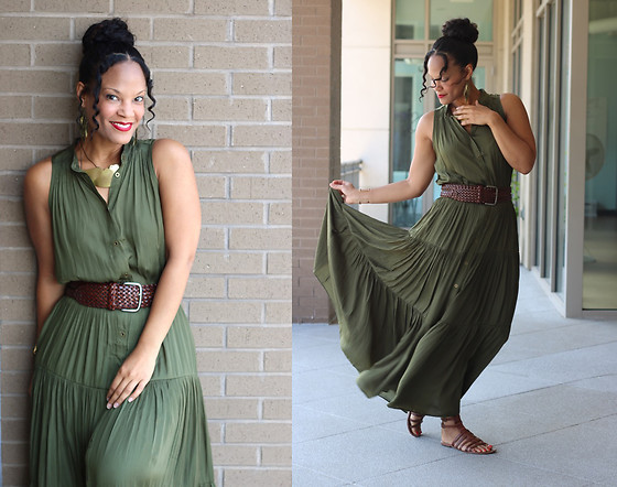Johnnalynn Lynch -  - Favorite Tiered Maxi Dress