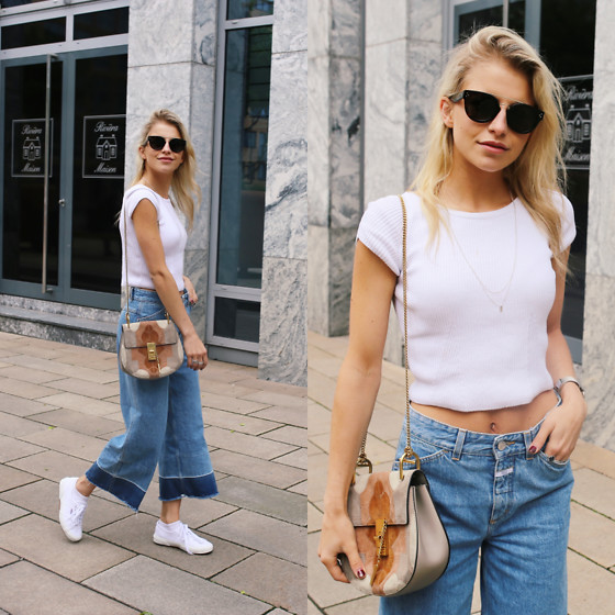 Caro Daur - Superga Shoes, Closed Jeans, Zara Shirt, Celine Sunnies, Chloé Bag - Jeans + white shirt