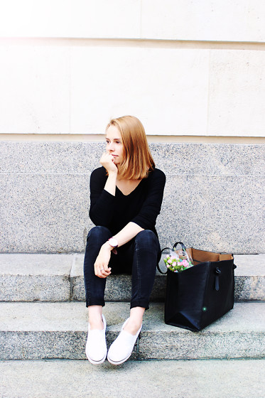 Marta S. - Bonprix Black Blouse, Never Denim Black Pants, White Slip On Shoes, Sheinside Black Shopper Bag - BLACK