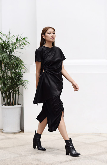 Thao Nhi Le - Must Have Vietnam Dress - All Black