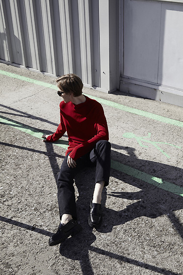 Mikko Puttonen - Shirt, Levis Jeans, Marni Shoes, Celine Sunglasses - RED