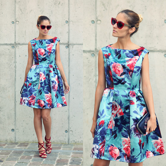 Ruxandra Ioana - Closet London Dress - Flowers everywhere