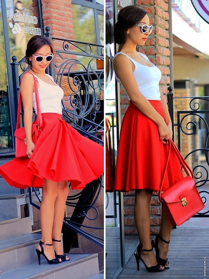 Aipery Baitemirova -  - Red skirt