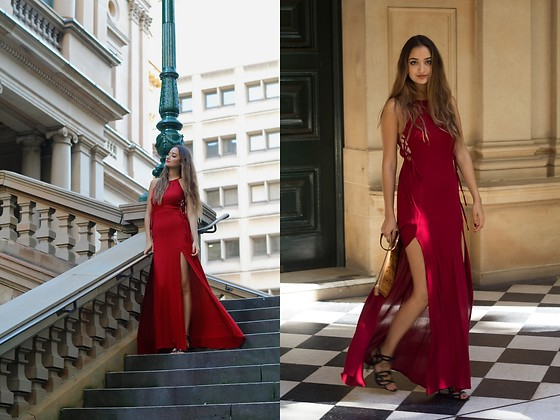 Ranim H. - Missguided Dress - Roses are Red. And so is my dress.