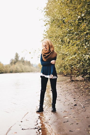 Grace Chapek - Free People Top, Dr. Martens Boots - Catch You Layer!