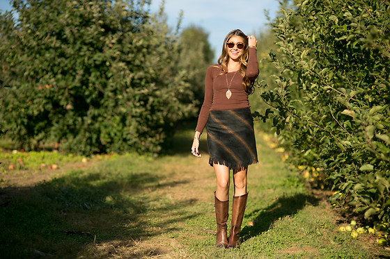 Gabrielle L. - Sanctuary Blanket Mini Skirt, Arturo Chiang Brown Leather Boots, Free People Brown Long Sleeve T Shirt - Apple apparel