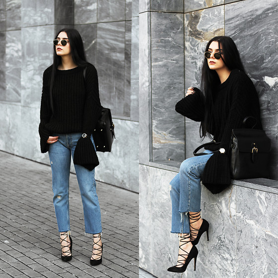 CLAUDIA Holynights - Romwe Chunky Knit Bell Sleeves Sweater, Vipme Backpack, Vipme Bag, Locman Watch - Chunky flare sweater
