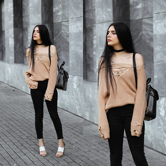 CLAUDIA Holynights - Sheinside Sweater, Vipme Backpack, Vipme Bag, Little Mistress Sandals - Black, white and camel