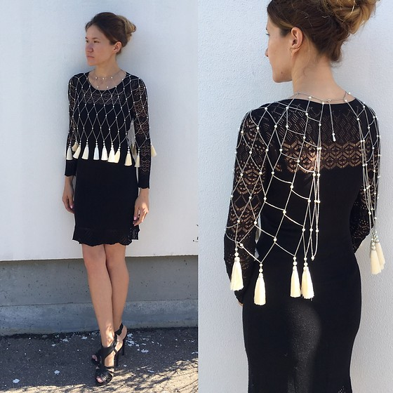 Getman Marina - Get Man Jewelry Bolero Made Of Chains And Tassels, Forever 21 Dress, Calzedonia Shoes - Magic tassels