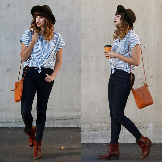 Mackenzie S - Madewell Stripped Central Shirt, Gap 1969 Skinny Jeans, The Frye Company Booties, Modcloth Simple Leather Purse, Levi's® Wool Hat - Simple in Stripes