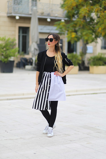 Lily Chelmey -  - Stripe skirt