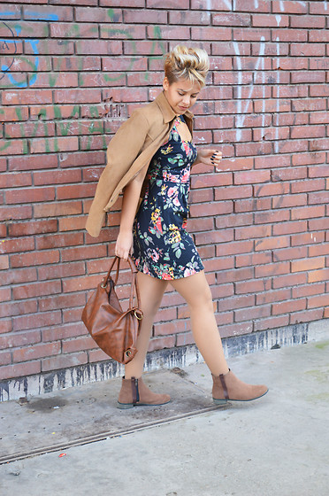 Beba Gottel - Rosewholesale Ankle Boots, Rosewholesale Bag - Shades of brown