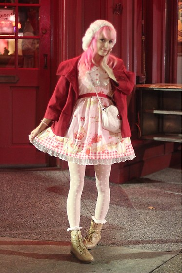Lily P - Forever 21 White Fluffy Beret, Red Raincoat, Taobao Cherry Bunny Waffle Op - Cherry bunny crepe date ♪
