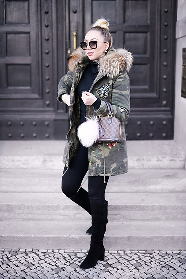 Vanessa Kandzia - Fur Parka, Boots - WHAT TO WEAR AT UNIVERSITY