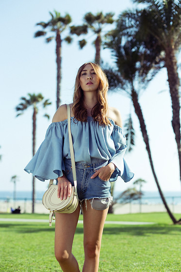 Alyssa Casares - Alyssa Nicole The Bridget Blouse, Chloe Marcie Bag - Santa Monica