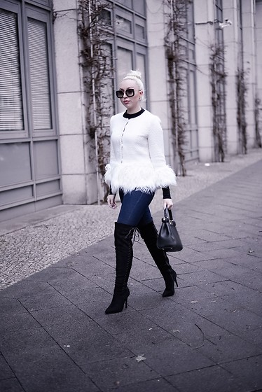 Vanessa Kandzia - Over The Knee Boots, Fendi Bag - BLACK OVER-THE-KNEE BOOTS